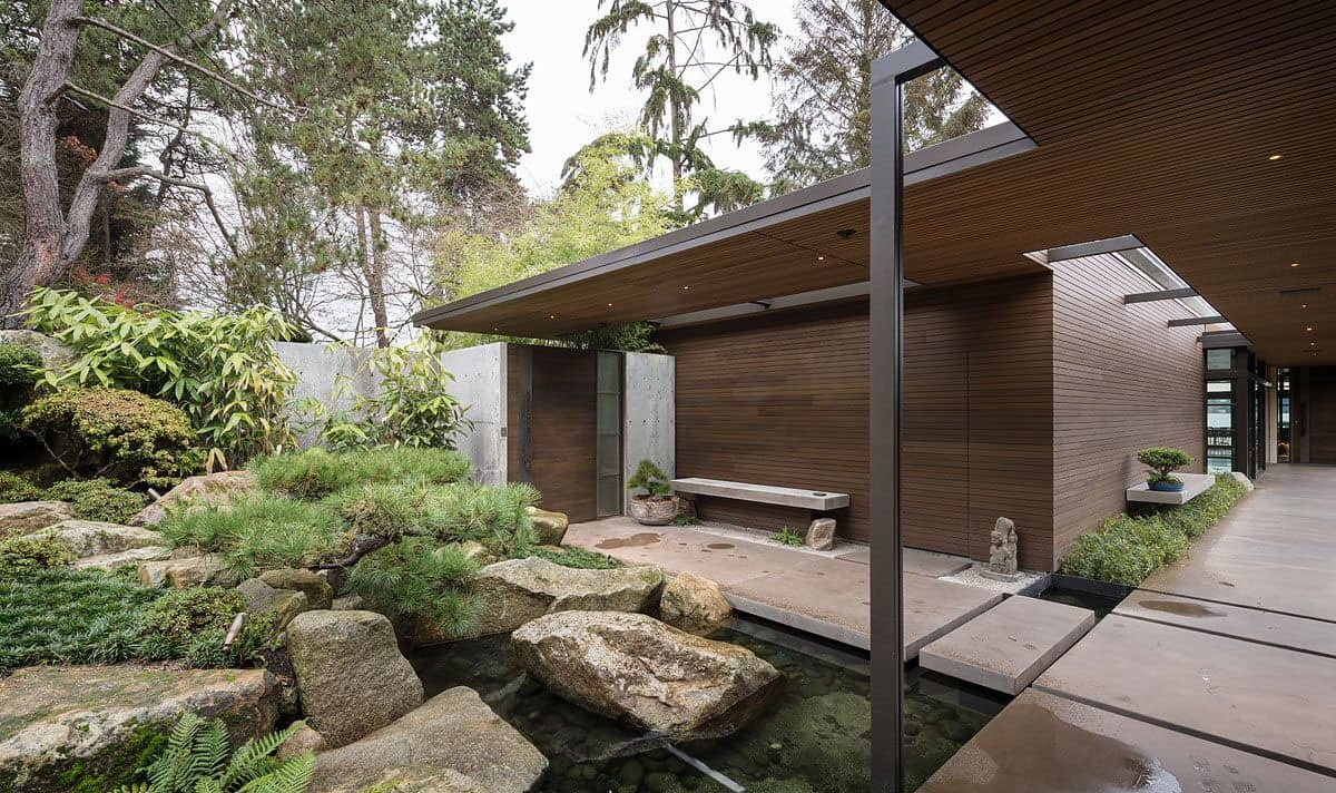 Japanese Garden Oasis Surrounds A Home On Shores Of Lake Washington