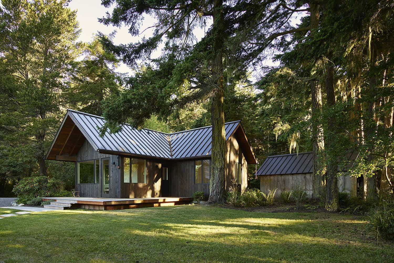 island-cabins-modern-exterior