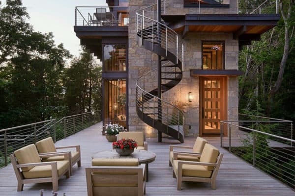 featured posts image for Modern treetop home boasts mesmerizing views over Lake Michigan