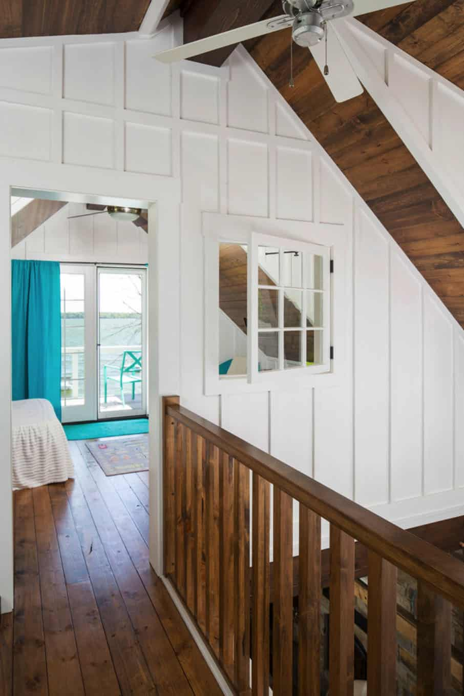 porch-cabin-hall
