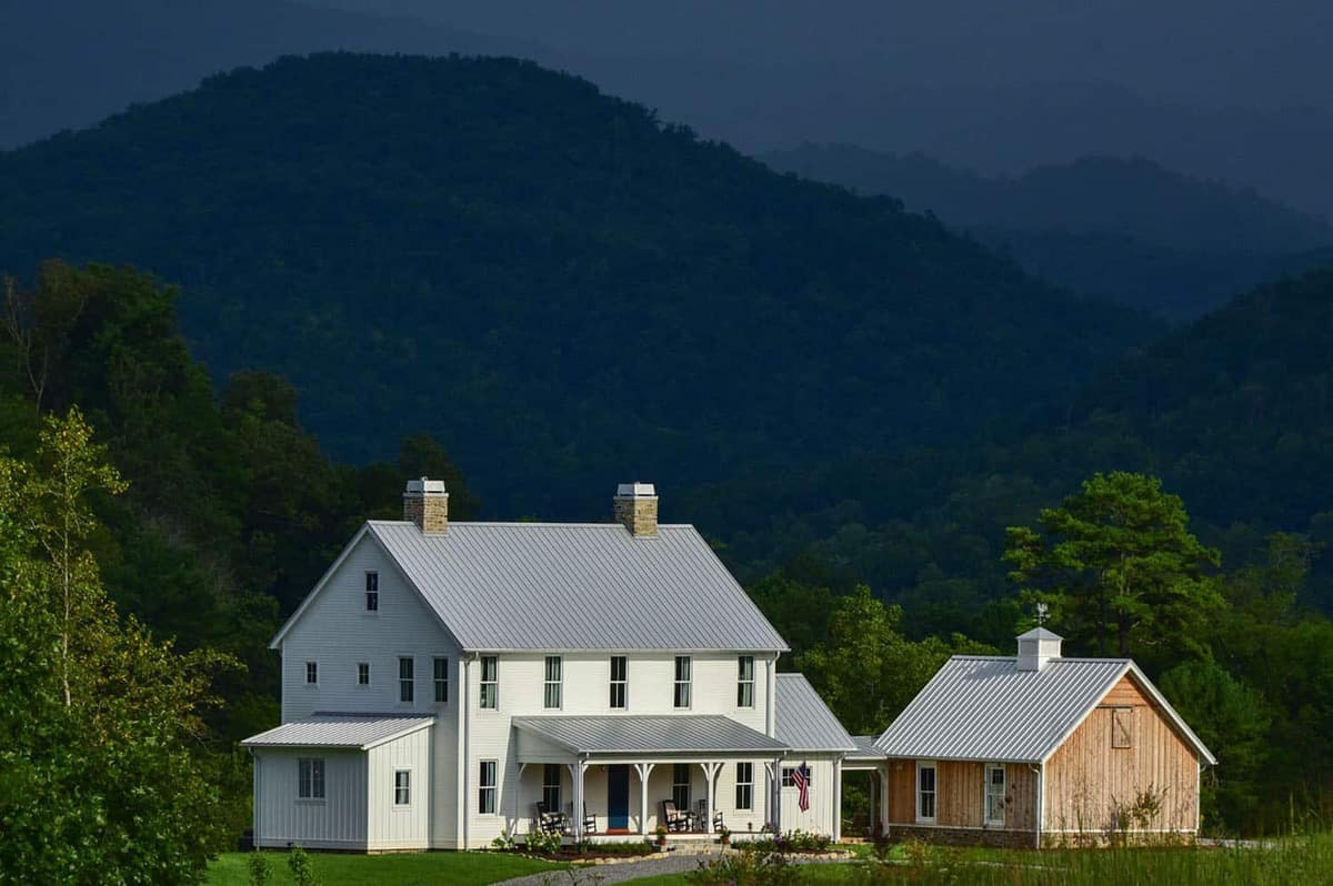 Stunningly beautiful farmhouse with picturesque views of the Smoky Mountains