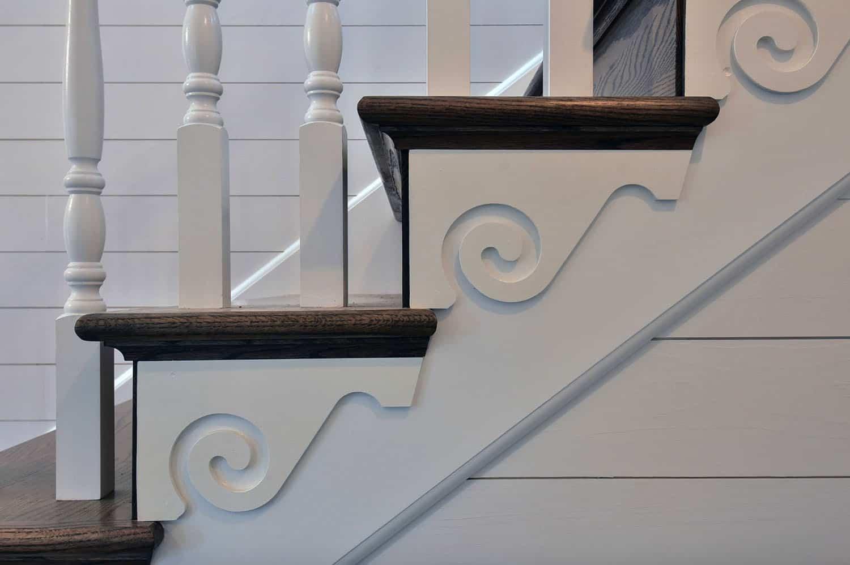 mountain-farmhouse-staircase