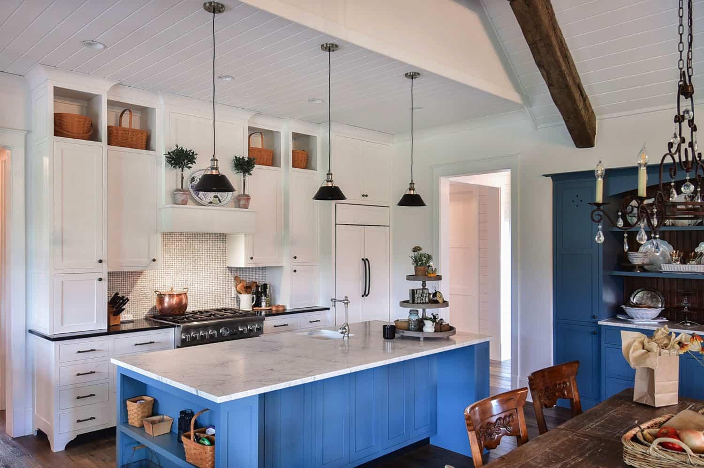 mountain-farmhouse-kitchen