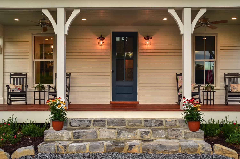 mountain-farmhouse-entry