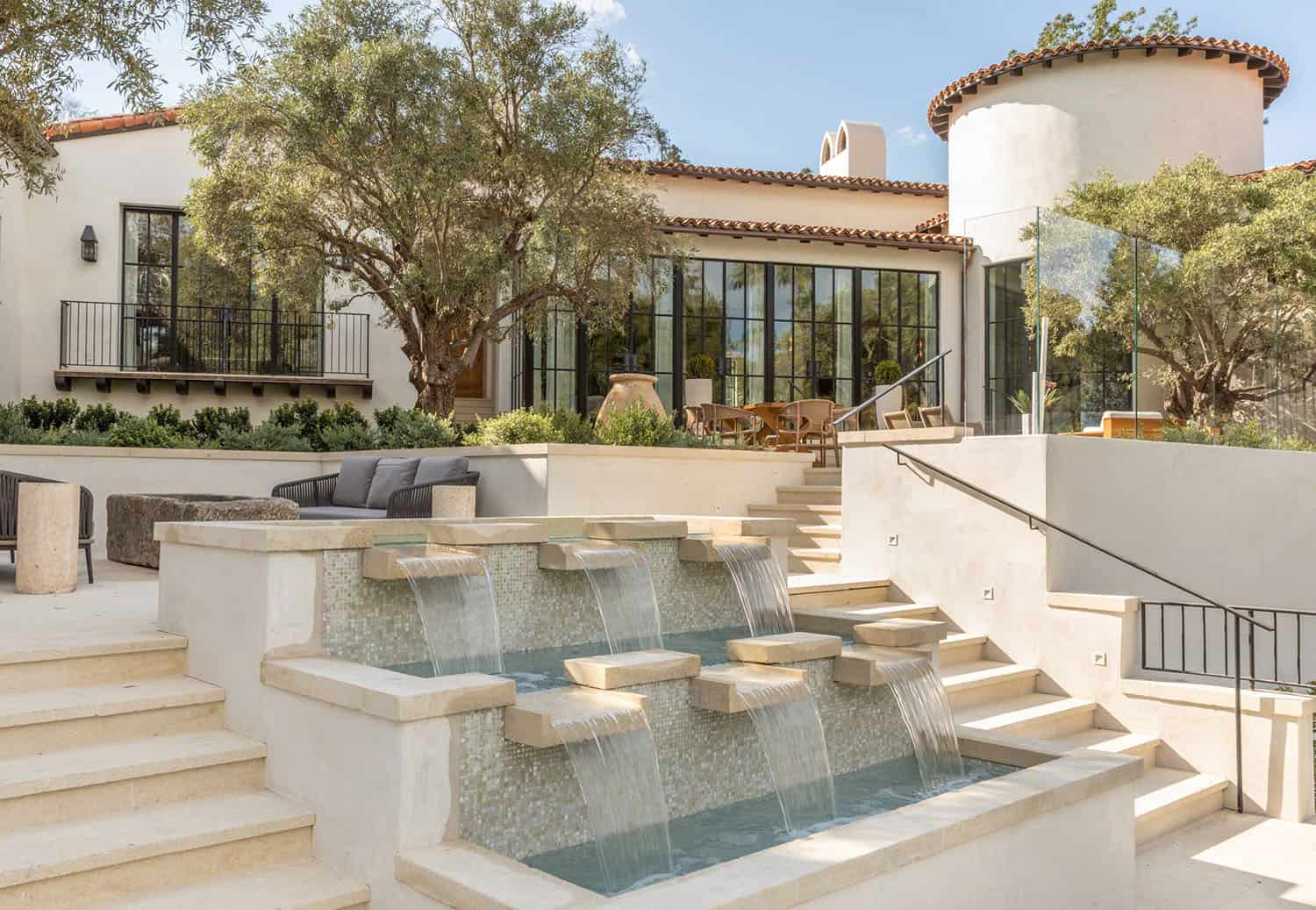 spanish-colonial-style-home-pool-water-feature