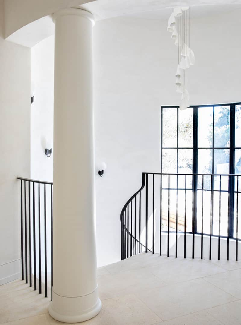 spanish-colonial-style-staircase-landing