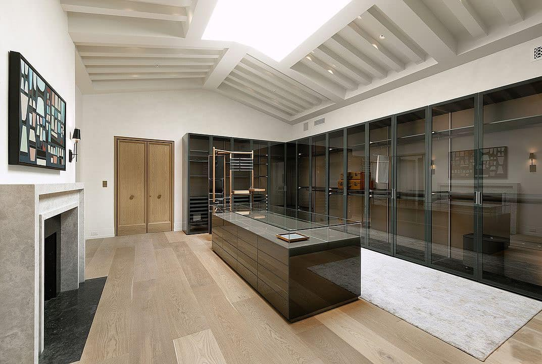 spanish-colonial-style-closet