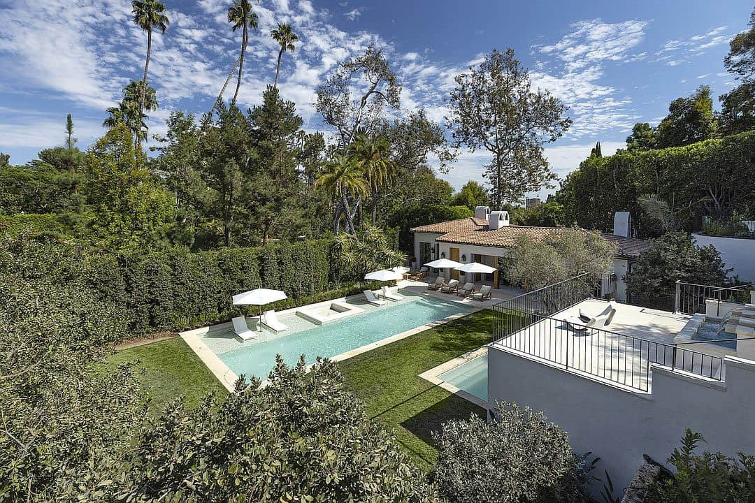 spanish-colonial-style-home-landscape