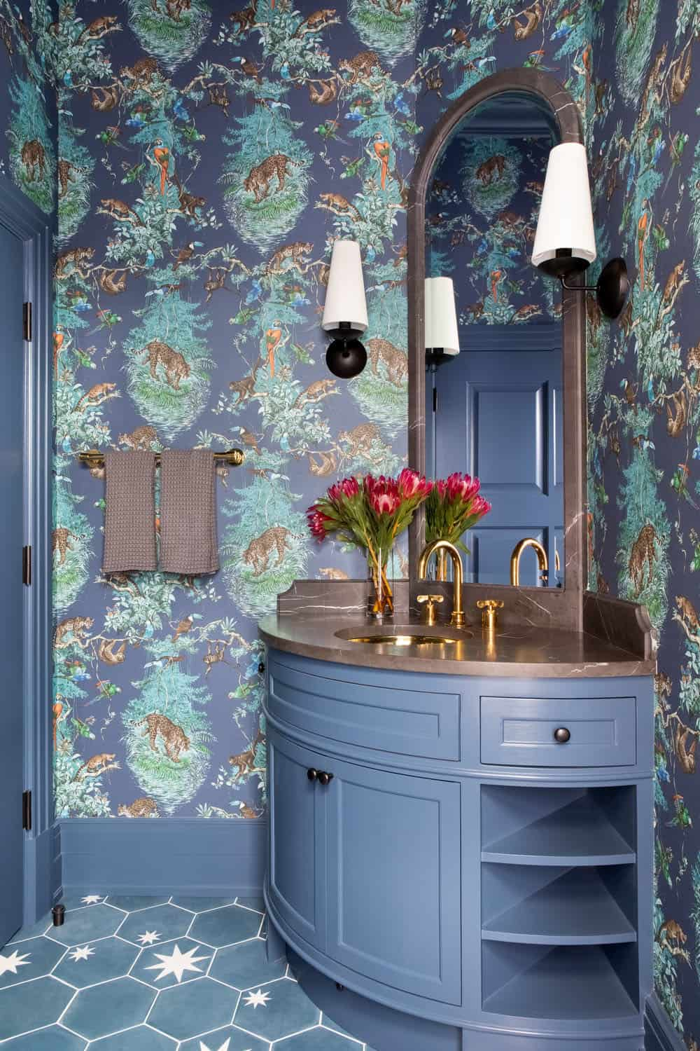 victorian-transitional-powder-room
