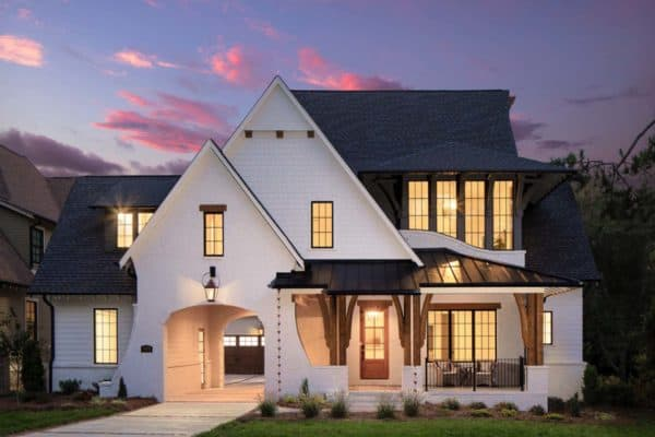 featured posts image for Beautiful English country house in Charlotte with a modern twist