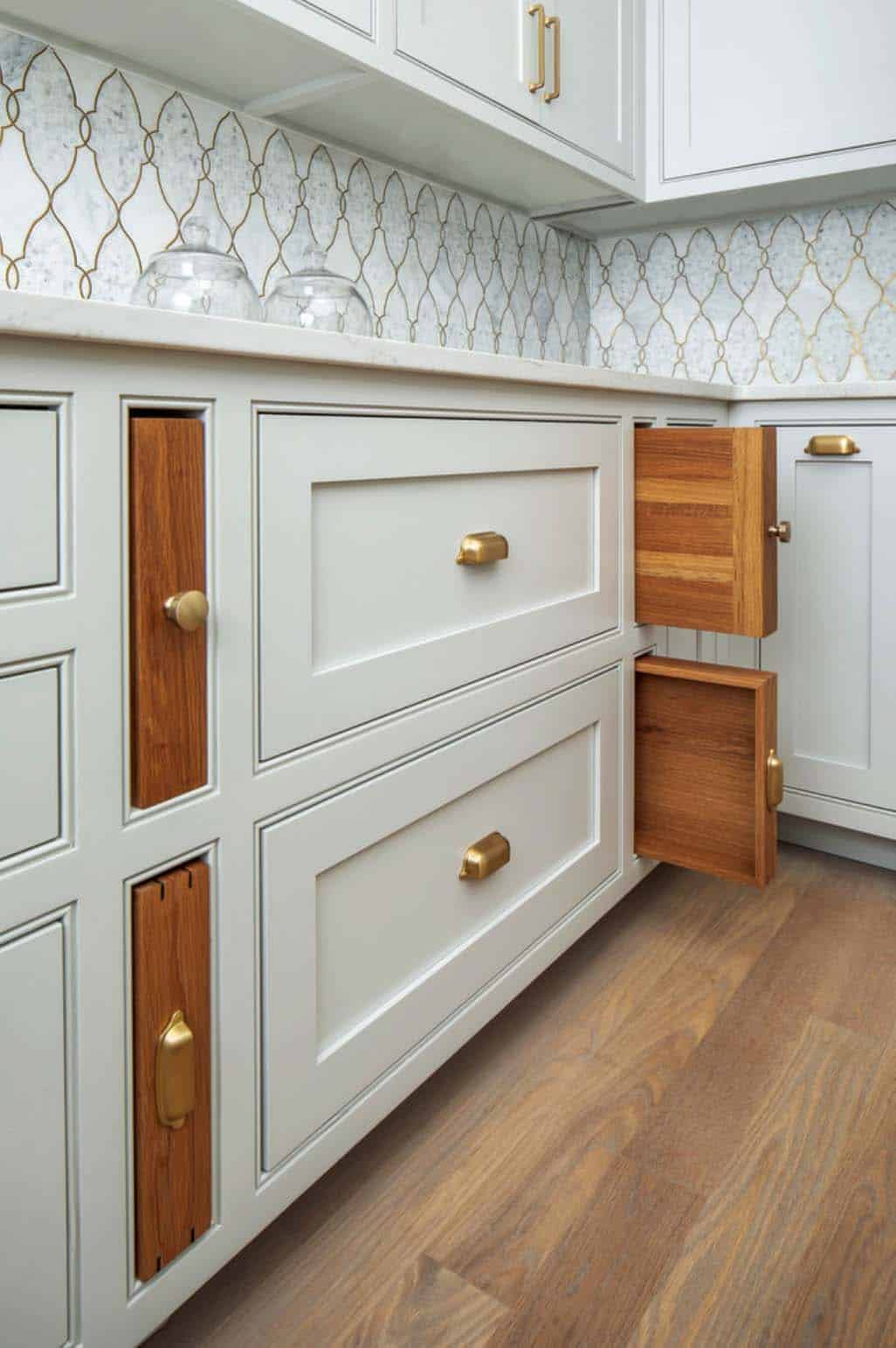 built-in-white-oak-cutting-boards-serving-trays-transitional-kitchen