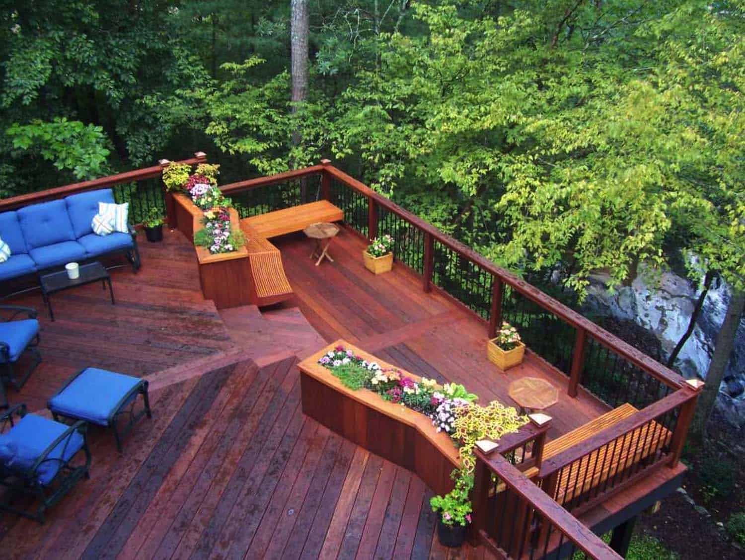 Ideas For Creating An Outdoor Deck