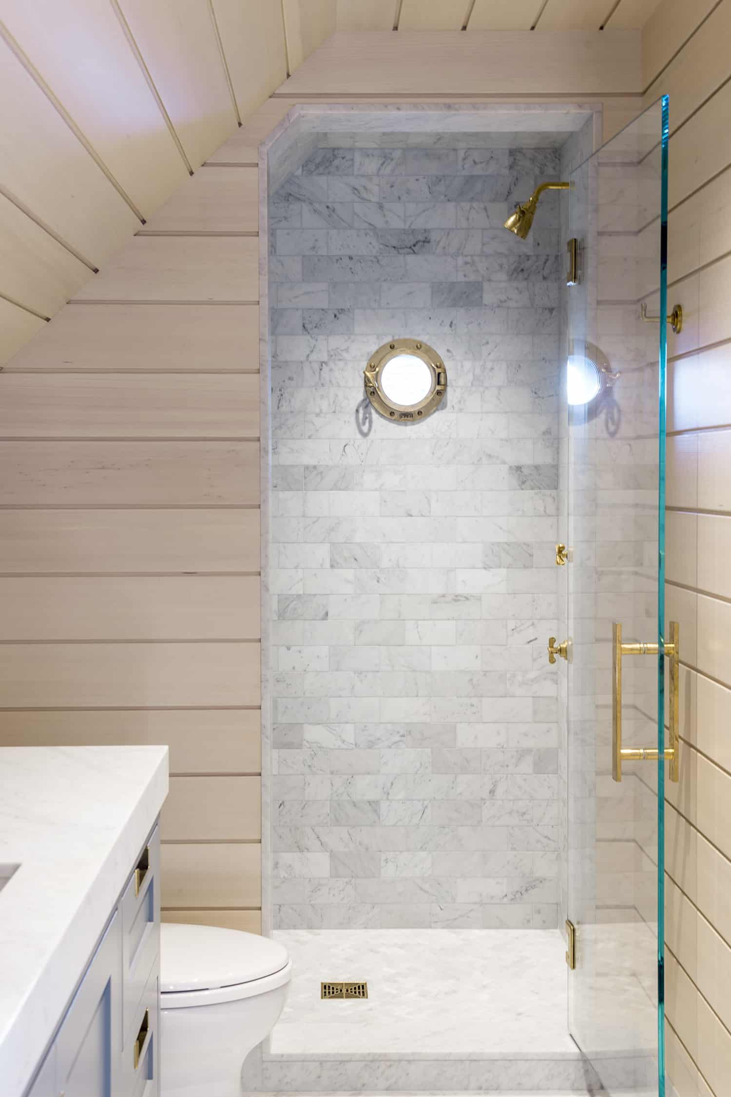 beach-style-bathroom-shower