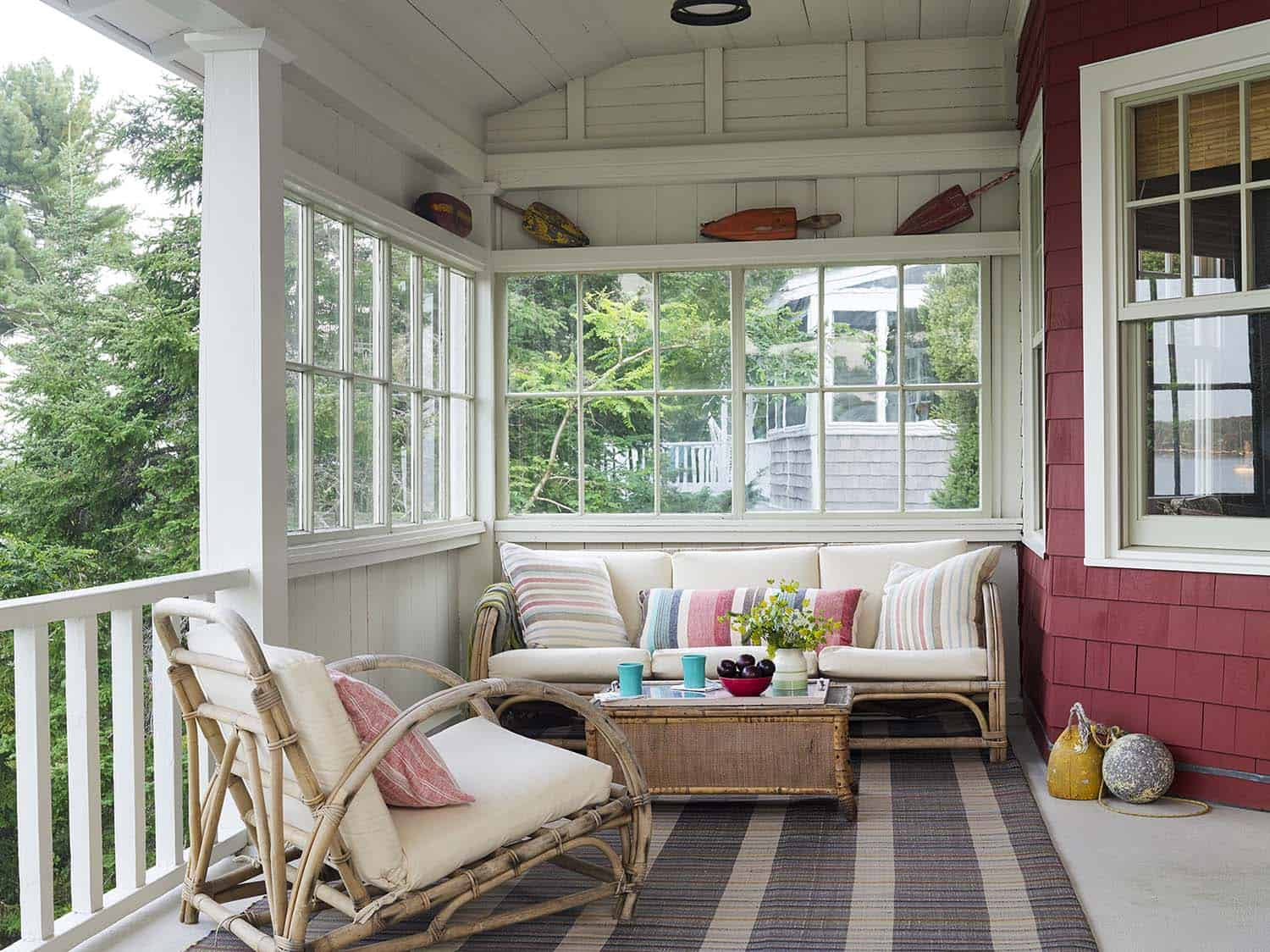 rustic-cottage-porch
