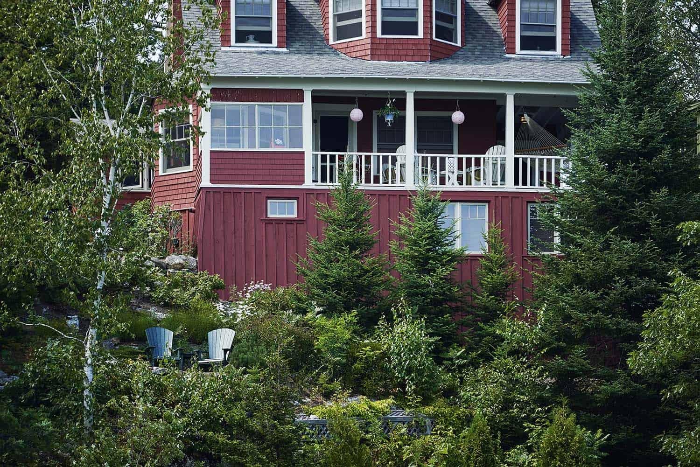 rustic-cottage-exterior