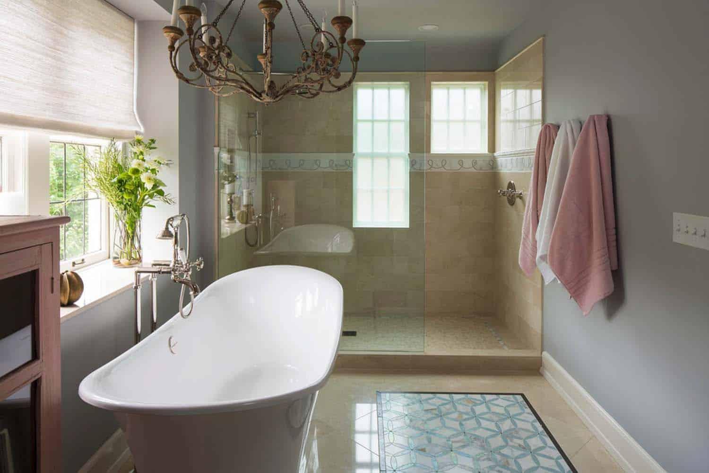 tudor-style-bathroom