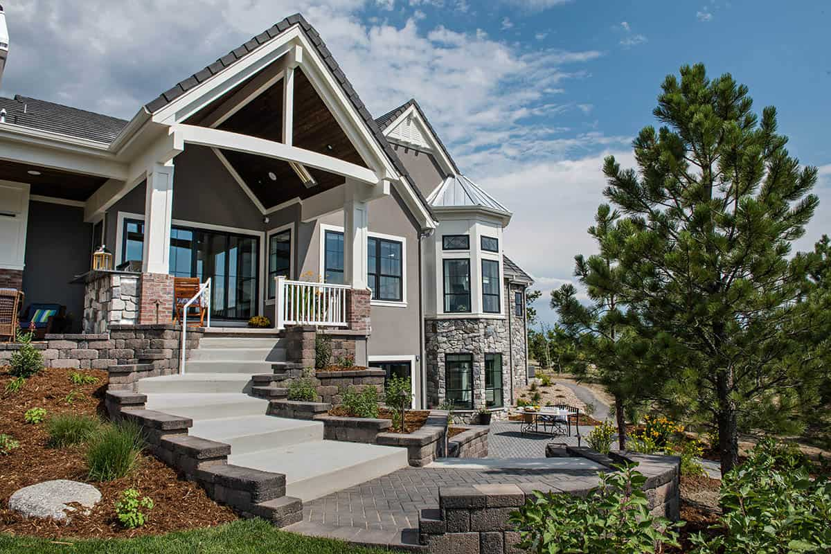 cottage-style-home-exterior