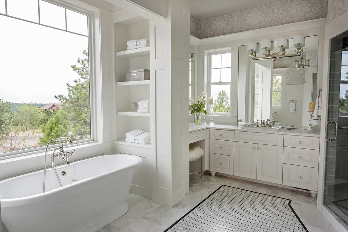 transitional-style-master-bathroom