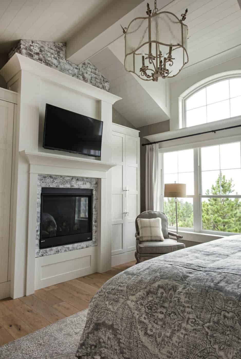 transitional-style-master-bedroom