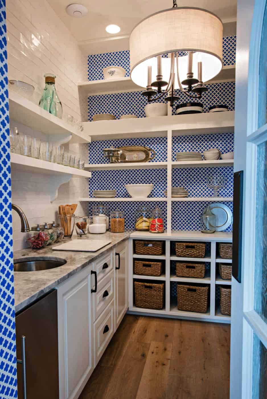 transitional-style-kitchen-pantry