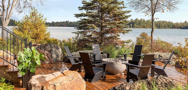 lake-house-deck