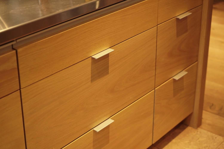 casework-detail-craftsman-kitchen