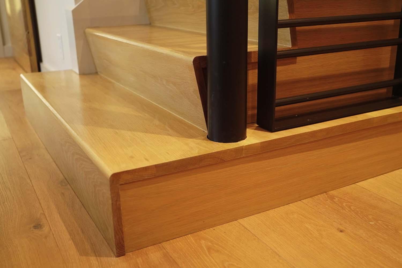 custom-wood-stairs-modern-staircase