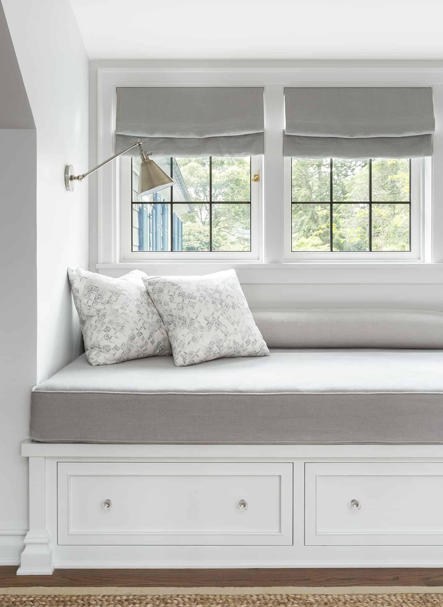 contemporary-bedroom-window-seat
