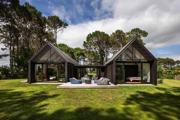 featured posts image for Amazing gable cabin retreat boasts indoor-outdoor living in New Zealand