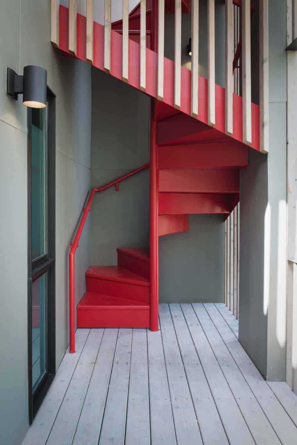 midcentury-modern-spiral-staircase