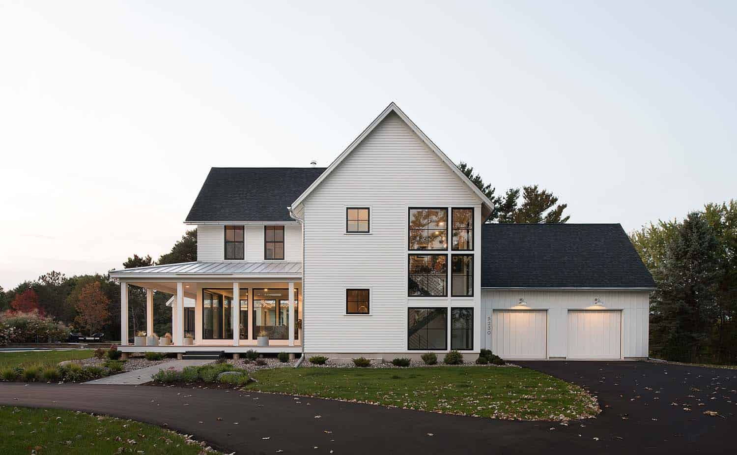 Tour a renovated modern farmhouse with exhilarating details in Minnesota