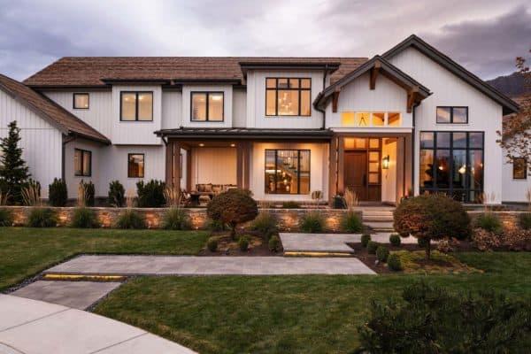 featured posts image for Dream House Tour: Modern design meets cozy farmhouse style in Utah