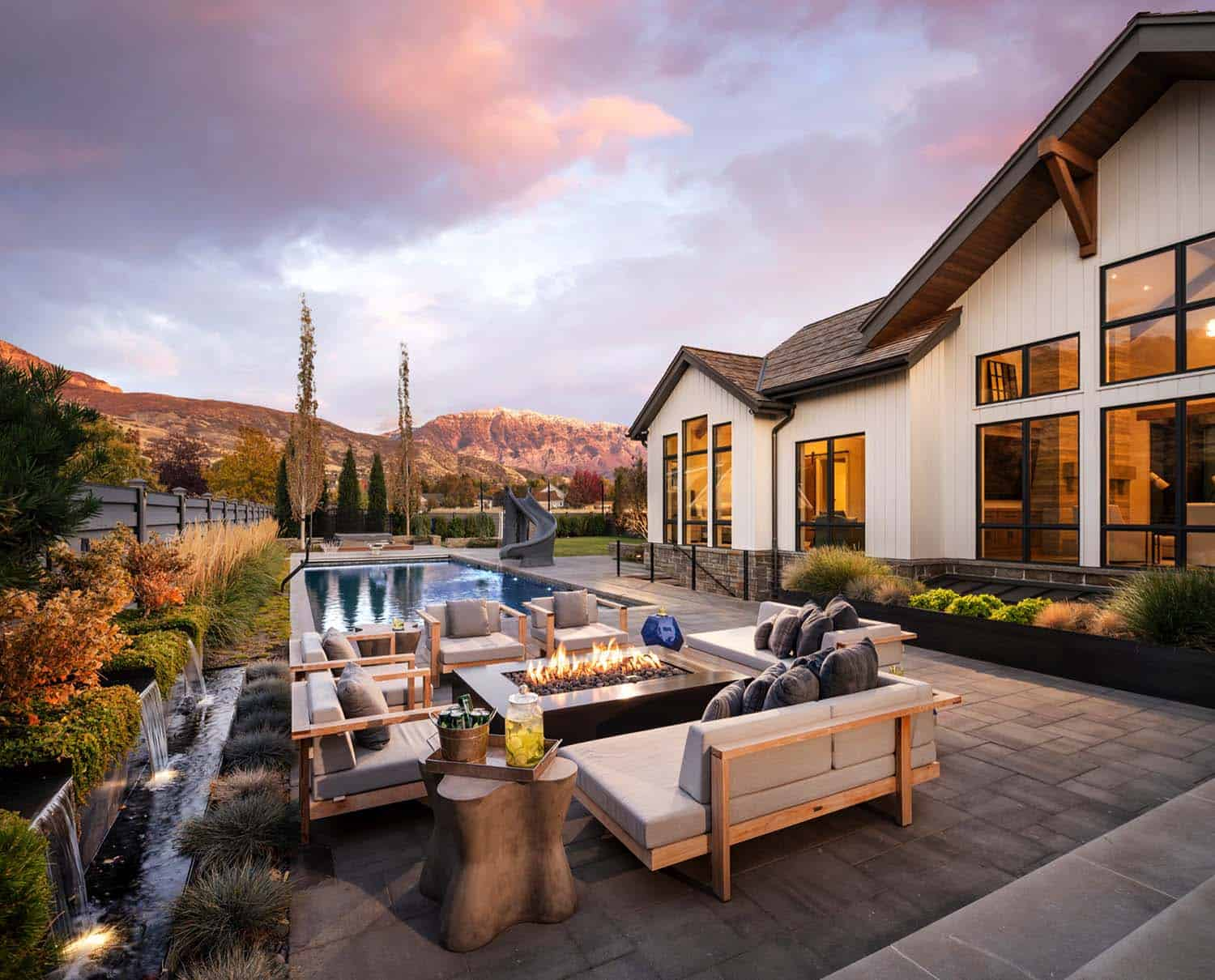 farmhouse-patio-utah