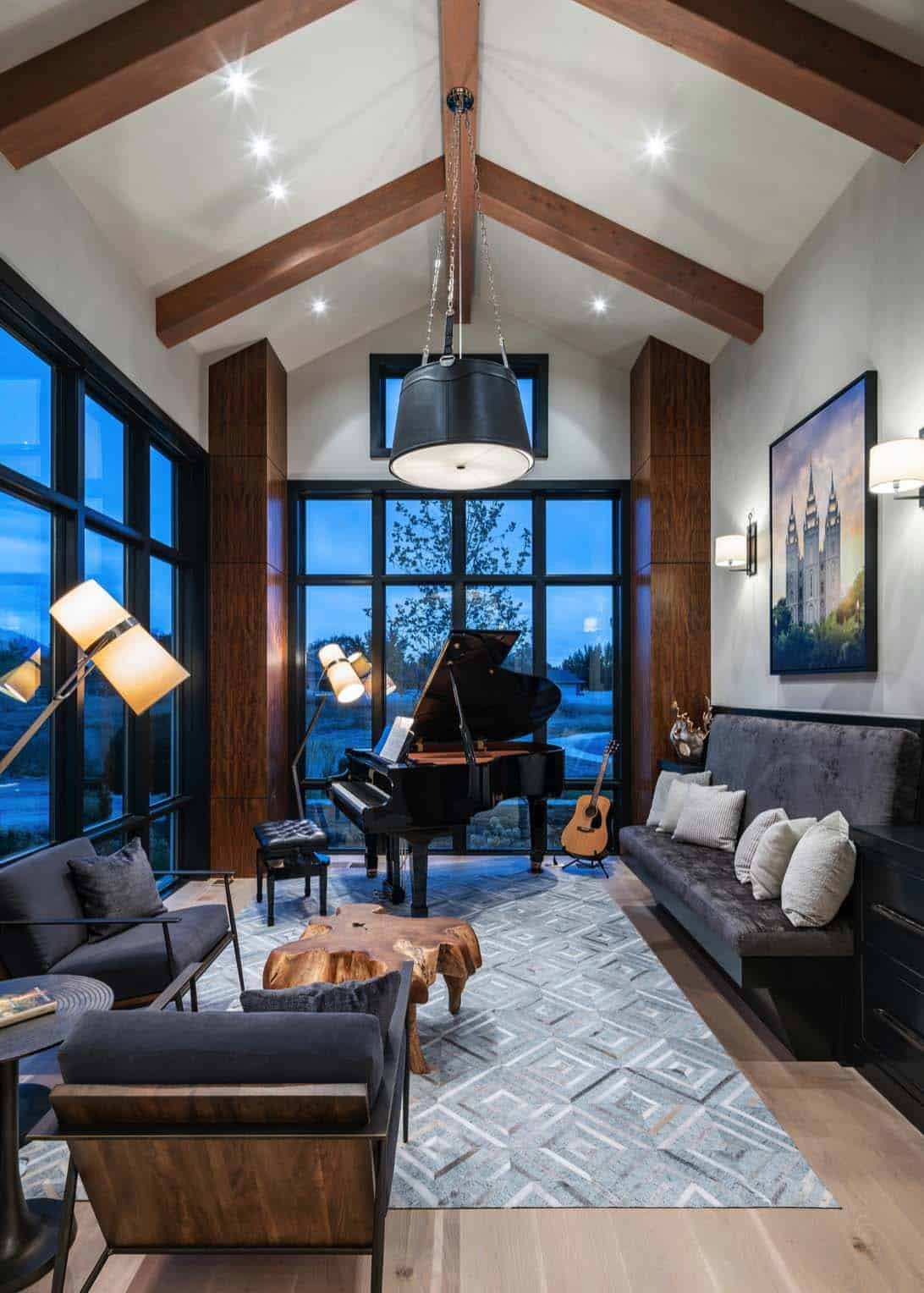 farmhouse-living-room-utah