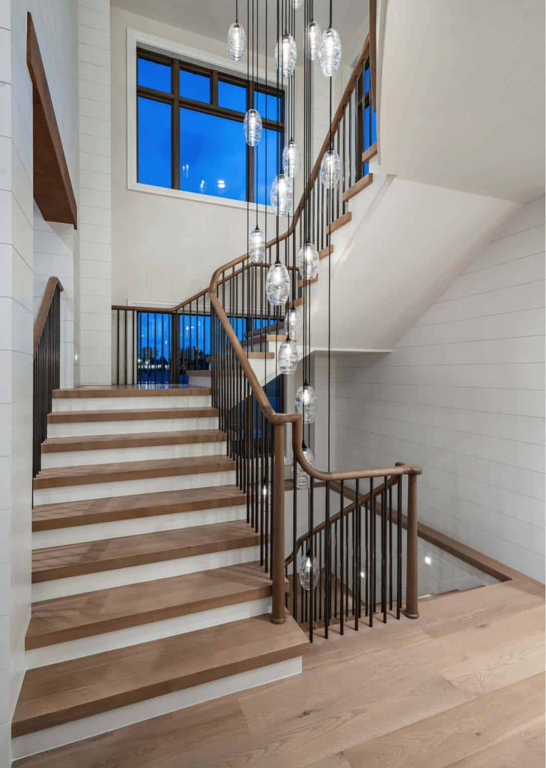 farmhouse-staircase-utah