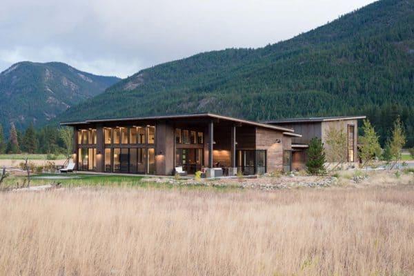 featured posts image for Modern-rustic home designed to withstand wildfires in the North Cascades
