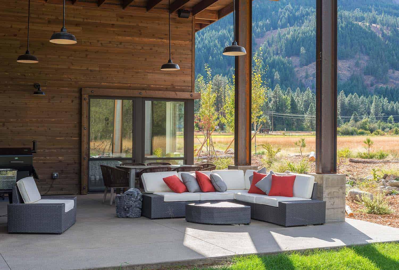 modern-rustic-home-porch-firewise-design