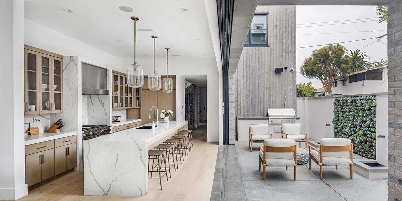 modern-kitchen-patio
