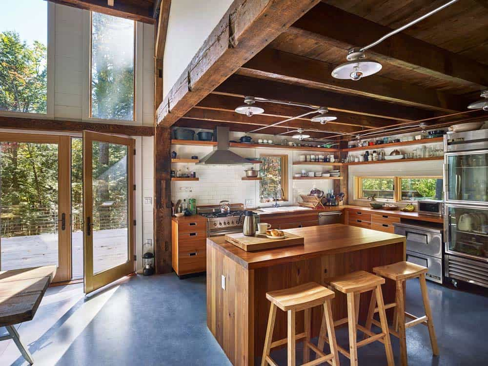 bunkhouse-rustic-kitchen