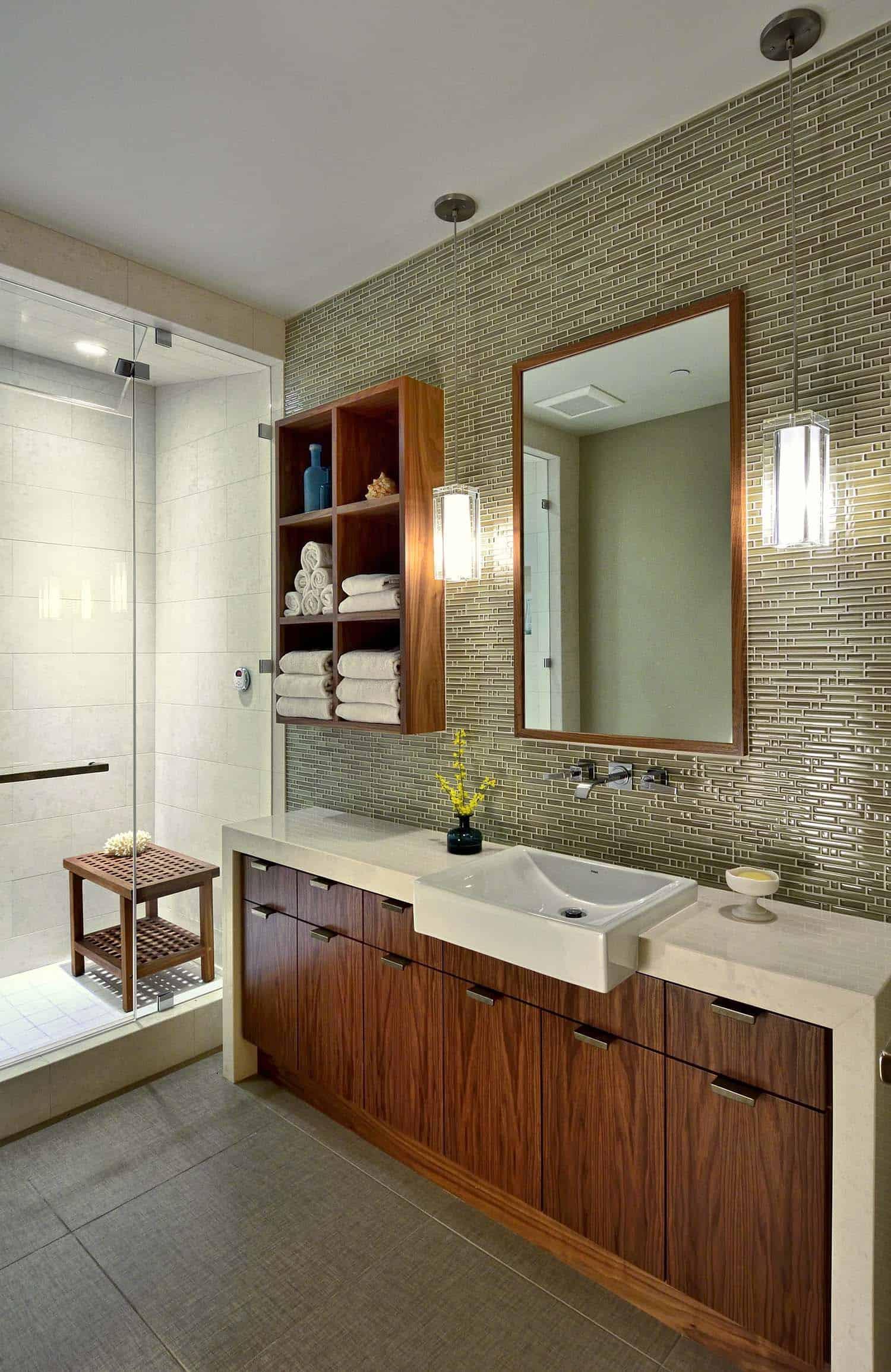 guest-bath-rustic-bathroom