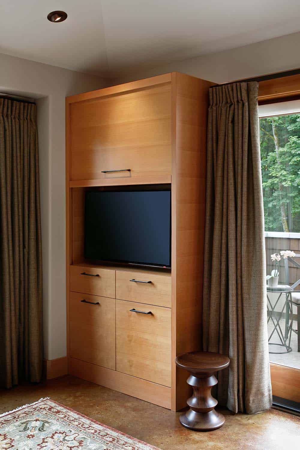 traditional-master-suite-bedroom