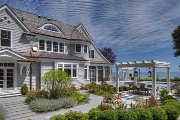 featured posts image for Beautiful coastal shingle-style home nestled along Lake Michigan