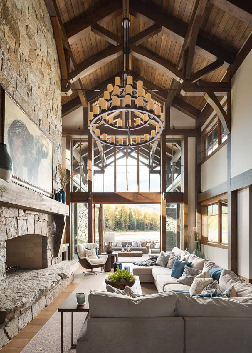 Absolutely gorgeous timber frame mountain chalet in British Columbia