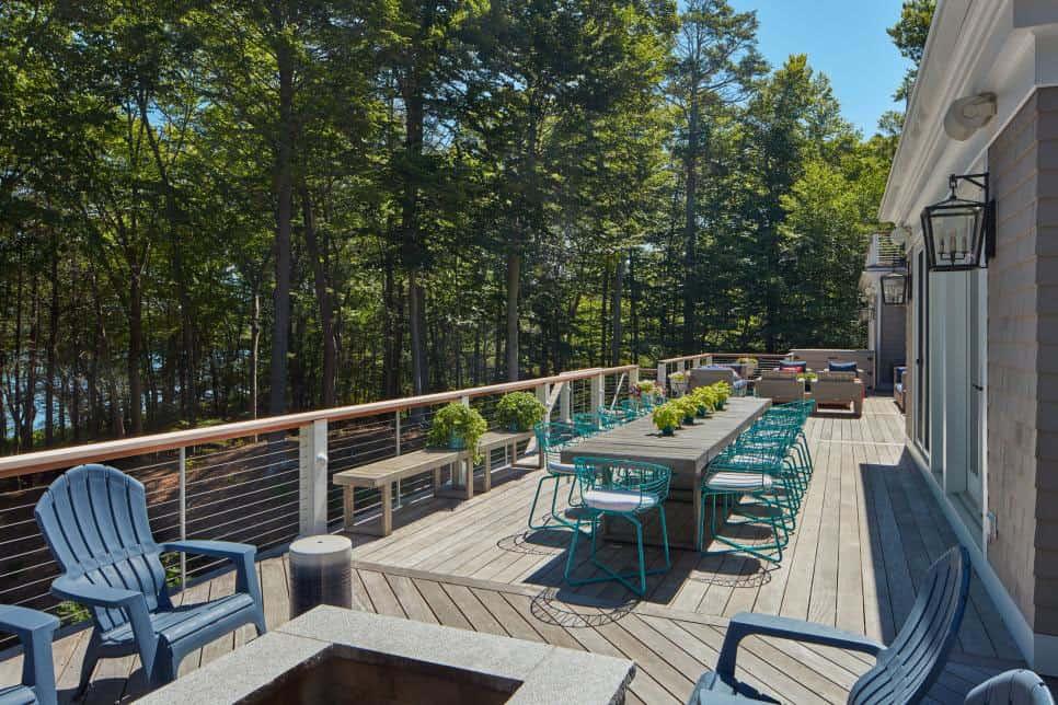 lake-house-exterior-deck