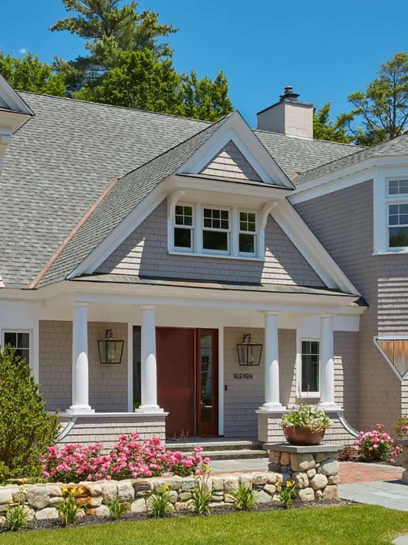 lake-house-exterior