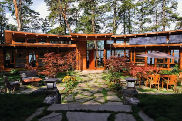 featured posts image for Off-grid residence designed for book lovers on the Gulf Islands
