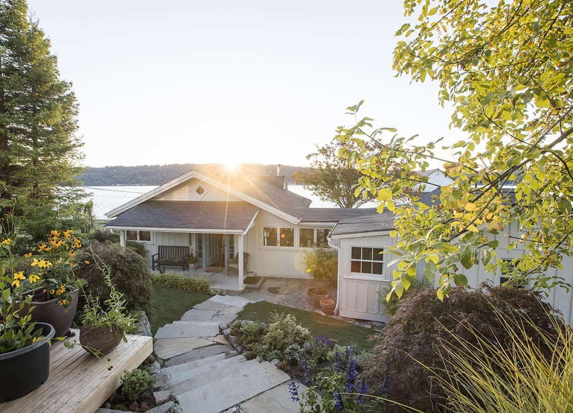 historic-coastal-cabin-exterior