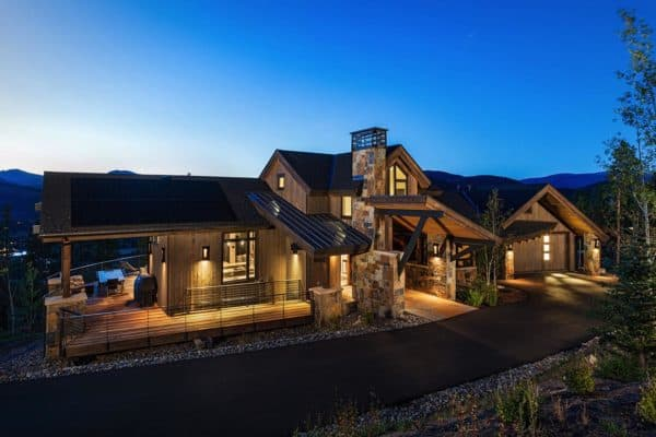 featured posts image for Tour this luxurious mountainside home in Colorado with outstanding views
