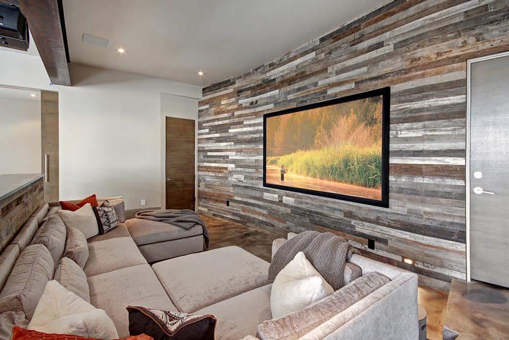 modern-mountain-family-room