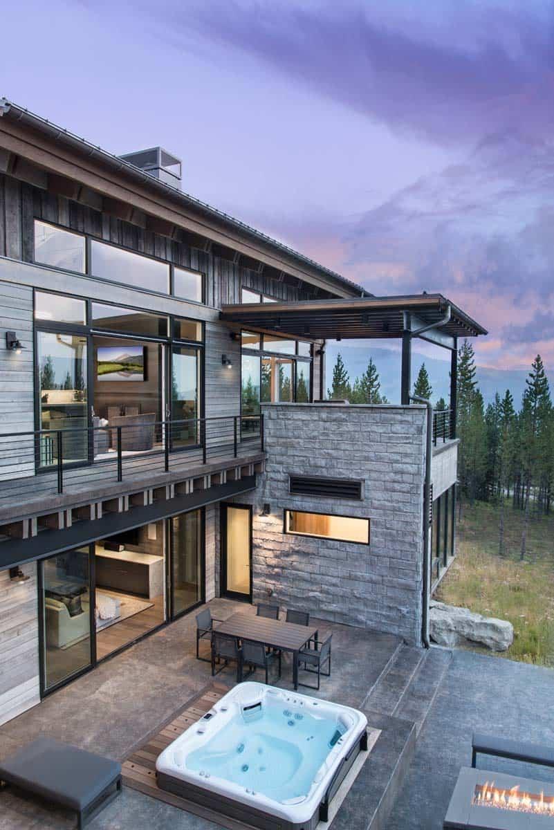 modern-alpine-home-patio